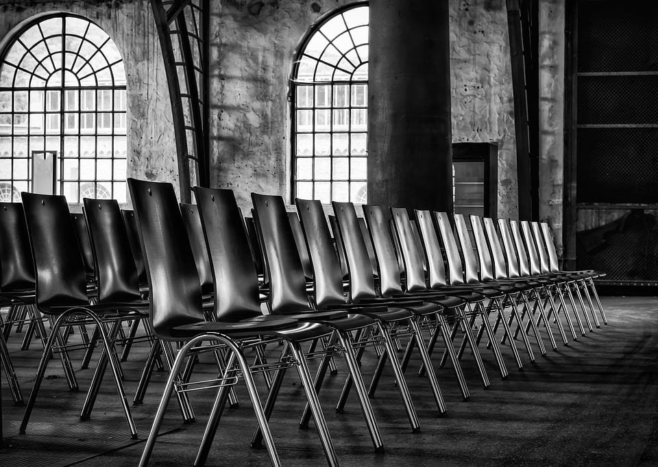 chairs-2593531_960_720